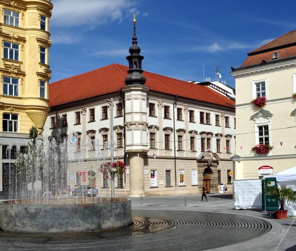Palác Šlechtičen